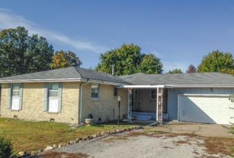 315 S Maple St, Rogersville