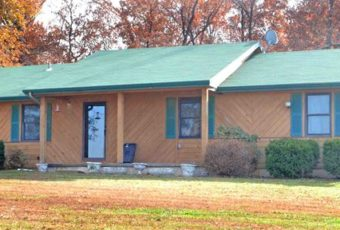 2 Bedroom Home on 5 Acres m/l & more! – Saturday, December 2, 10:00 AM