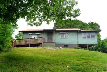 2 Bedroom Home on 10 Acres near Table Rock Lake – Thursday, June 21, 12:00 NOON